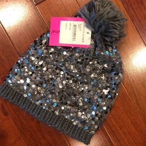 New with tags Betsey Johnson hat